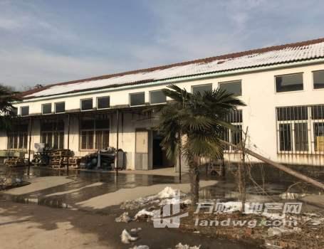独门独院,水磨石地板,院子宽敞,适合物流,生产车间,配套的三层楼可以做宿舍及办公设施