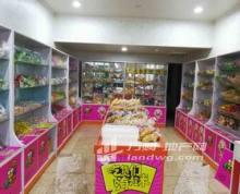 (急转)南财仙林30平米零食店旺铺转让