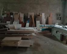 (出租) 铜井两栋单层厂房一栋1300一栋600分租可做家具喷漆有环评