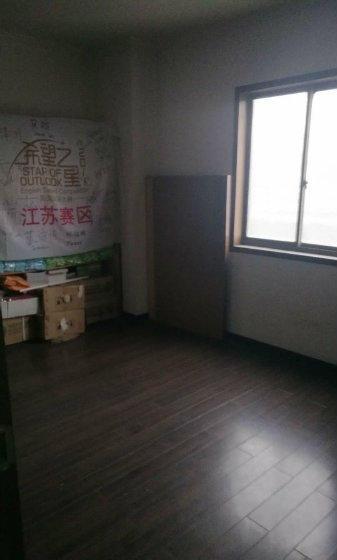 (出租)南京南站附近双龙大道地铁口鑫泰国际带全套办公家具租