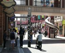 (出租)万达茂国际街纯一楼68平商铺出租适合各种特殊餐饮小吃类