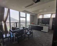 (出租)全景实拍!河埒口 万达广场 170平三个隔断带家具 可观惠山