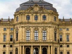 德兰国际装饰城73平,32万售