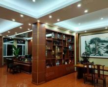 (出租)豪华装修的办公室660平方,可以分开一半租用