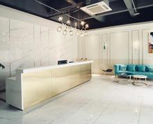 玄武门地铁金茂汇商圈100平,附加了用80平面积办公,会议室,卫生间,休息区