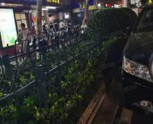 (出租)秦淮区升州路与仙鹤街交口商铺出租交叉口周围大型商场和小区