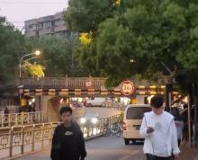 (出租)秦淮秦虹路沿街独栋餐饮旺铺直租!无转让费好办证!