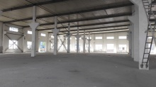 V秣陵出租砖混结构单层2200平高9米