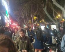 汉府街商业街道招租餐饮小吃街价格实惠小资本大回,报人流量密集