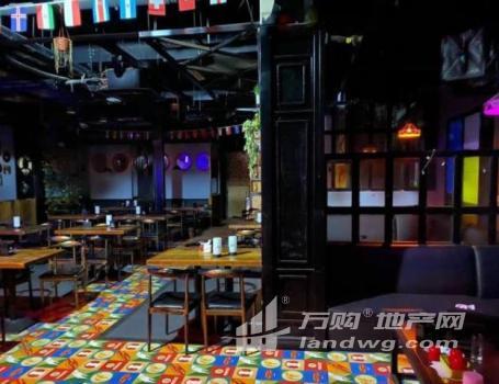 400平米大型餐吧出租,有闲置面积可改造出租