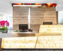 (出租)新街口地标金陵饭店亚太商务楼全装全配精装修小户型一价全包办公