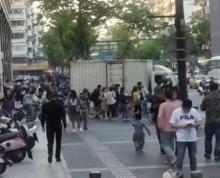 (出租)(房东直租无转让费)丹凤街5米门宽,可明火,执照齐全行业不限