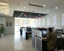 德基大厦 长江路甲写办公楼 交通便利 精装落地窗 随时入驻
