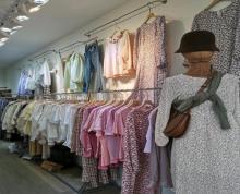 (转让)曼哈顿一楼商铺转让,带孩子实在无暇顾及店里生意