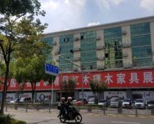 (出租)繁华商铺,长途车站,医院,地铁口学校,停车位置配套设施齐全。