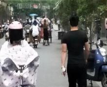丹凤街,近东南大学,鼓楼医院,珠江路地铁站。可餐饮,人流大