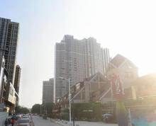 (出租)竹山路地铁口 超市旺铺 可分割 行业不限