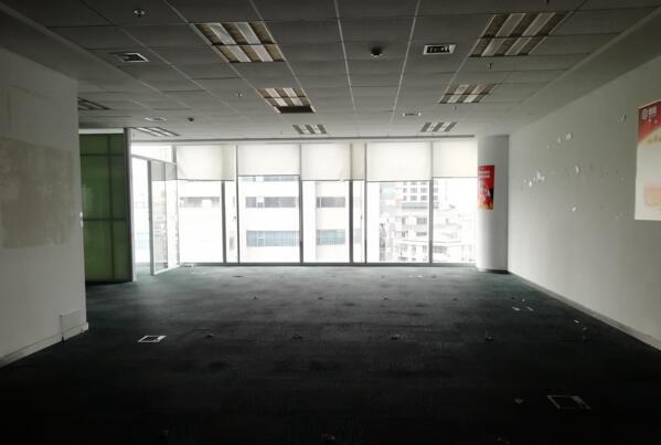 (出租)金峰大厦 办公精装修 鼓楼地铁口 紫峰大厦旁