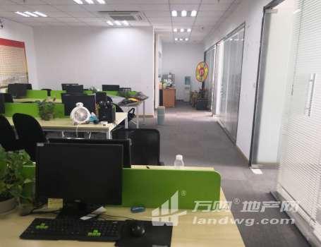 河西新城科技园 中胜地铁口 全新精装电梯口 大开间