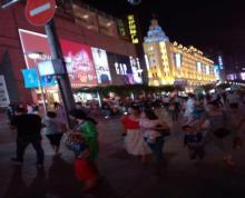 (出租)万达广场步行街招租 轻餐饮无油烟 甜品蛋糕随时人住