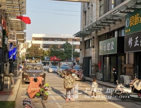 中天西城广场步行街商铺挑高4.5