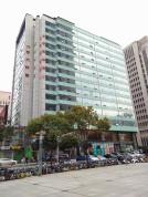《易发信息大厦》珠江路地铁口 精装修现房 全套家具