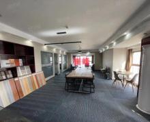 (出租)南金鹰精装修湖景房边户300平写字楼,带桌椅隔断,随时看房!
