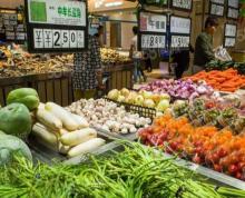 (出租)南京市中心三条巷新市场摊位出租卤菜 快捷菜 水果 蔬菜 鲜肉