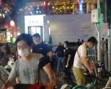 (出租)新街口商圈淮海路临街旺铺转让市口非常好人流量大门头大展示面好