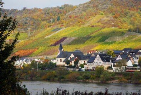 从德国小城镇发展看中国特色小镇建设
