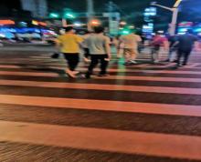 (出租)尹山湖大超市门口,招租各类小餐饮,租金相当便宜!品类不限