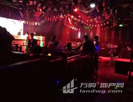 大学城文鼎广场旁正在营业中的酒吧转让