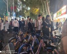 (出租)玄武区中山路与珠江路岔口临街旺铺出租市口好人流量大