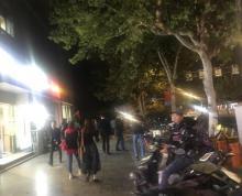 (出租)长江路红庙美食一条街临街旺铺出租地段繁华人气十足消费能力强