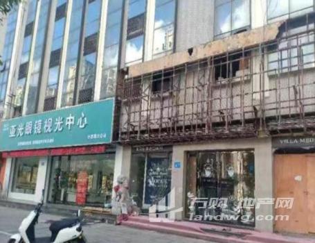 无转让费巨龙南路临街商铺上下两层