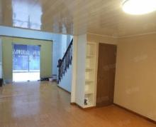 (出租)层高4.8米,屋内局部已分隔二层,面积增至约70平,租金不涨