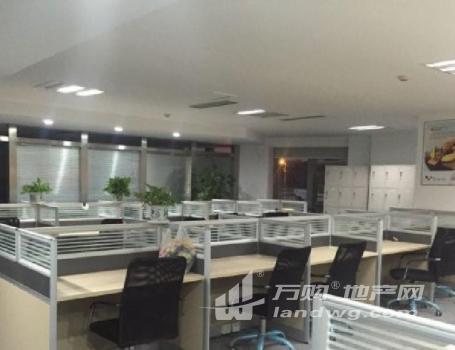 元通地铁 庐山路国际博览中心 新地中心 精装纯写采光好 招商直租