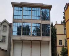 (出租)四间三层自建房整栋出租,门口地方敞亮、方便大小车停车