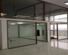 (出租)仅一套三盛滨江国际180平高层电梯口