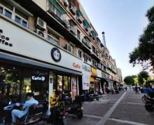 (转让)龙江龙园西路 商场一楼 楼梯口 8平商铺转让 人气足 位置佳